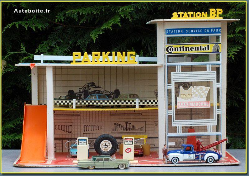 Garage total Depreux garage moderne Pinterest Tin toys
