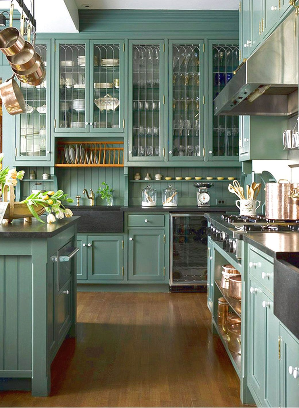 what color kitchen go with black countertops