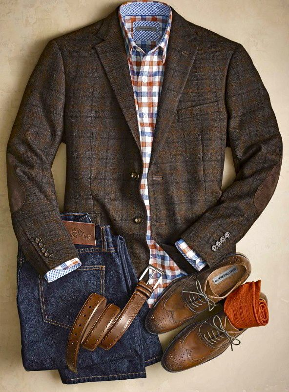 Plaid jacket, brown wing tips, love the mix of patterns