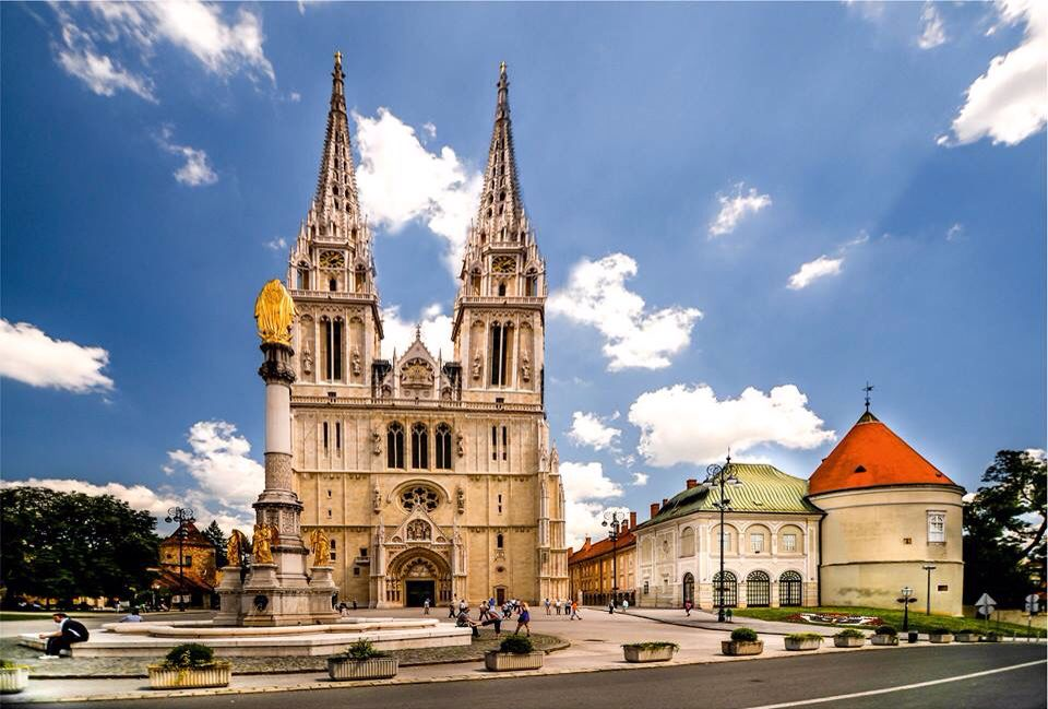 zagrebačka katedrala zagreb •Zagreb•Croatia•Grad Kaj