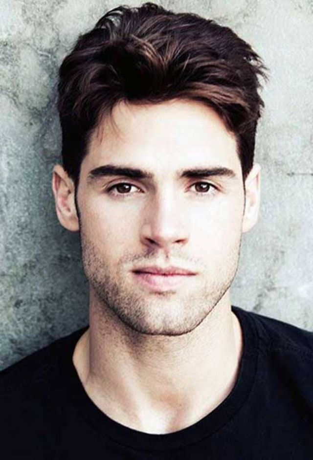 Best Haircuts  for Men  with Big Foreheads  hair