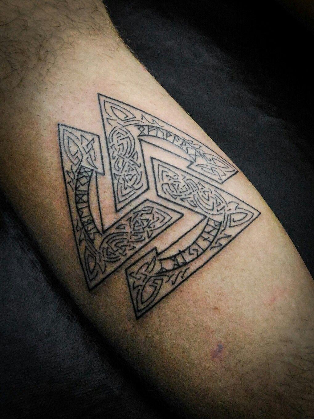 Valknut _ Tattoo FotoPED Pinterest Tattoo, Vikings