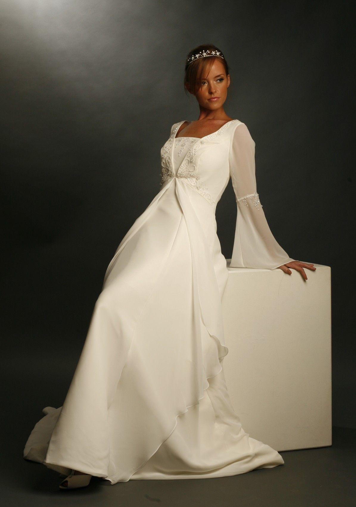 wedding dress celtic style All Priddi dresses are