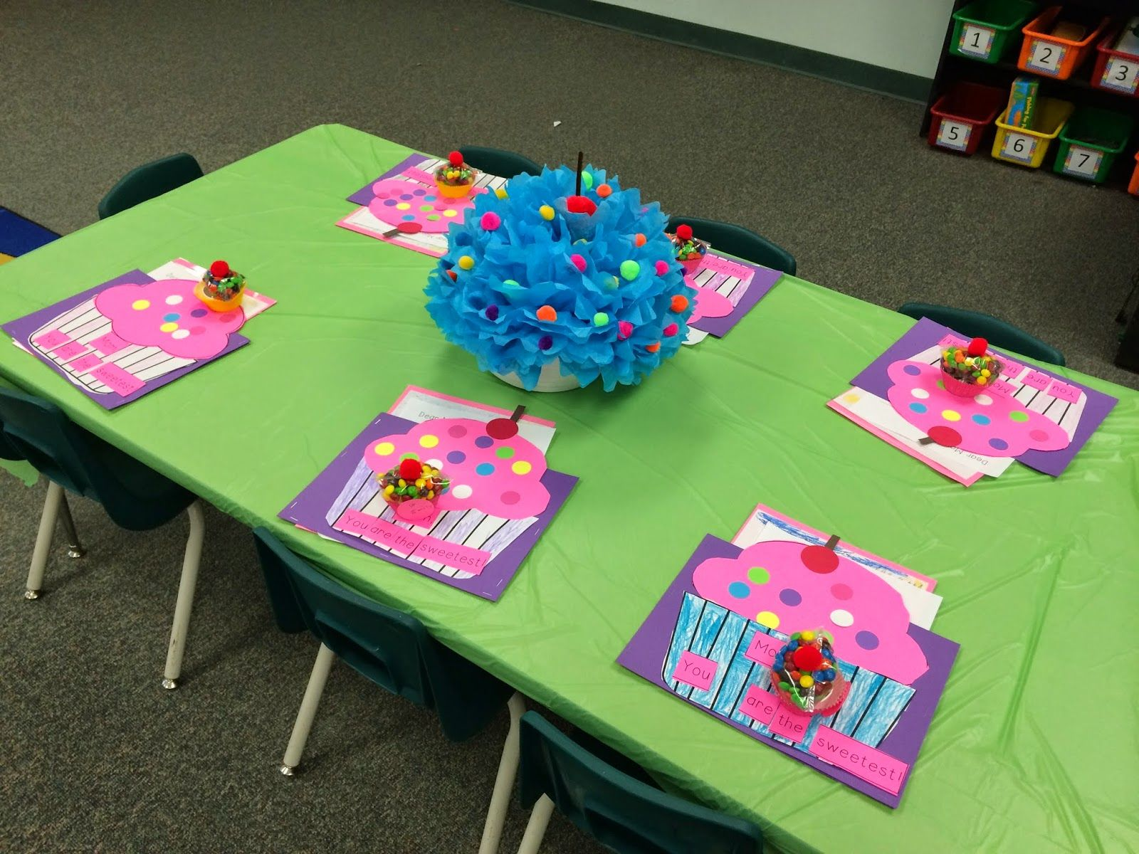 Invites Table Decor And A Sweet Present Idea For A