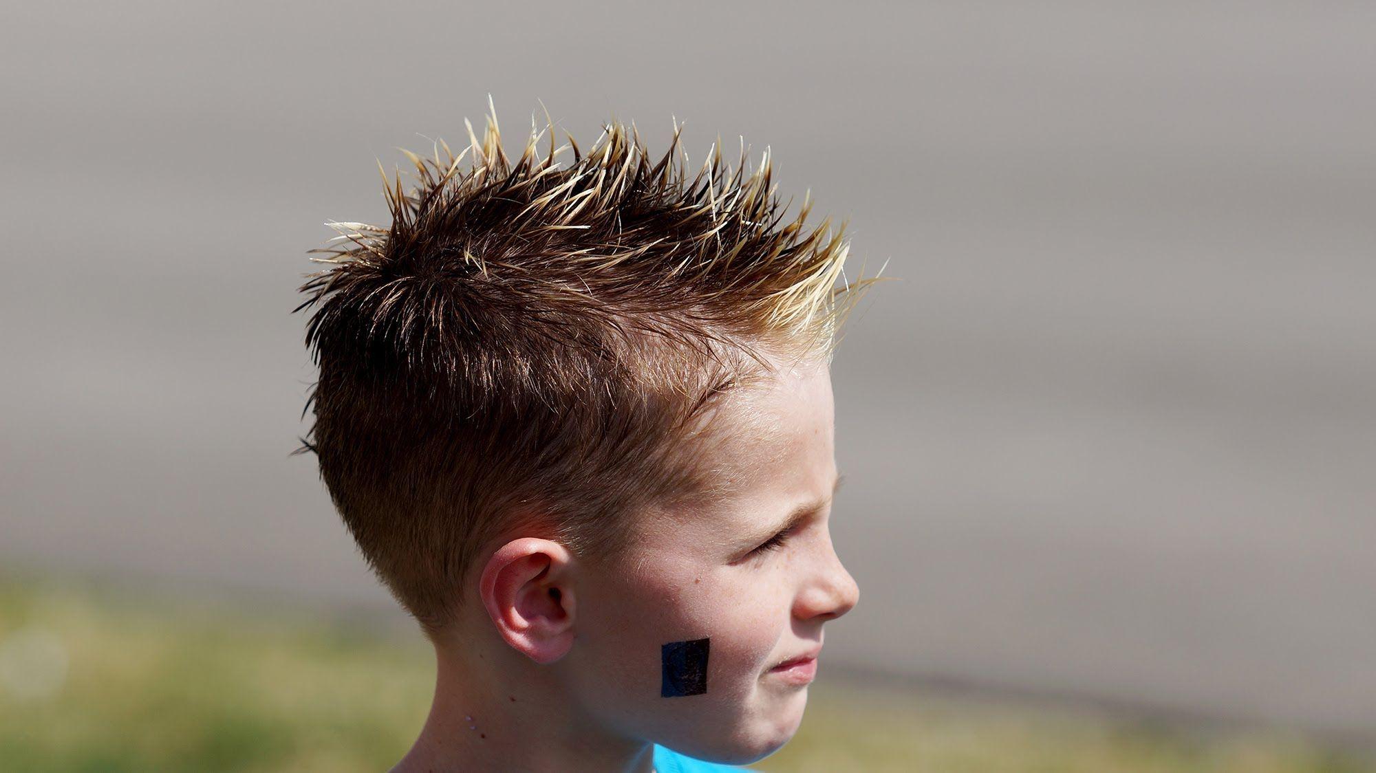 How To Bleach Hair Basic Boys Shoeshine Highlights Tutorial