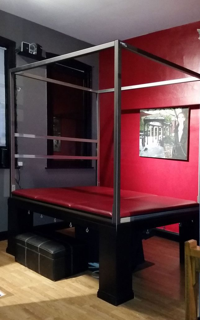 Bondage Bed With Suspension Frame At Chicago Dungeon