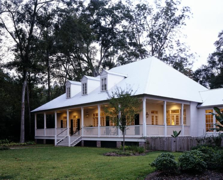 New construction of Bayou Cottage designed by Kevin Harris