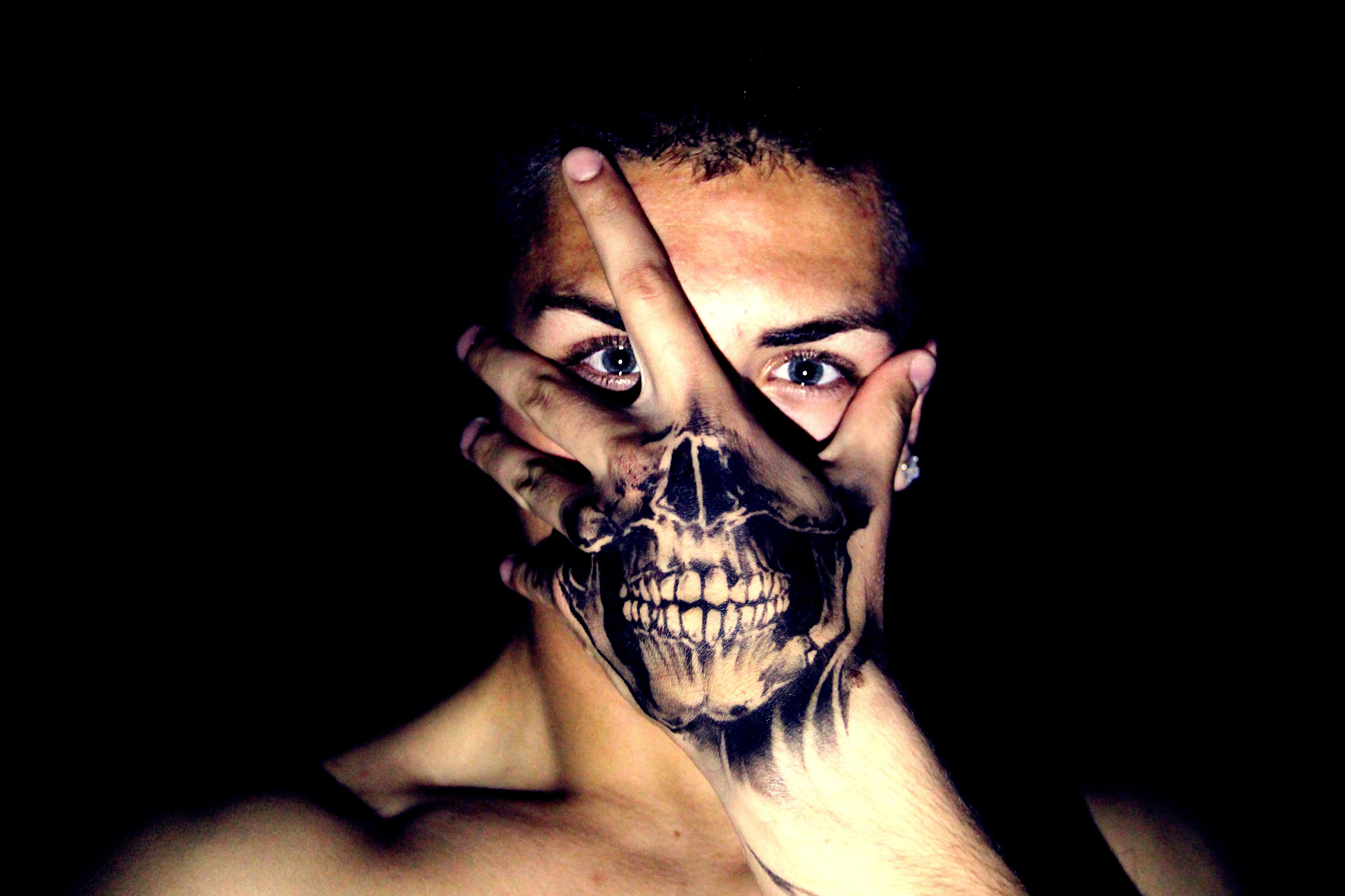 Tattoo Skull on hand. Great idea for halloween this month