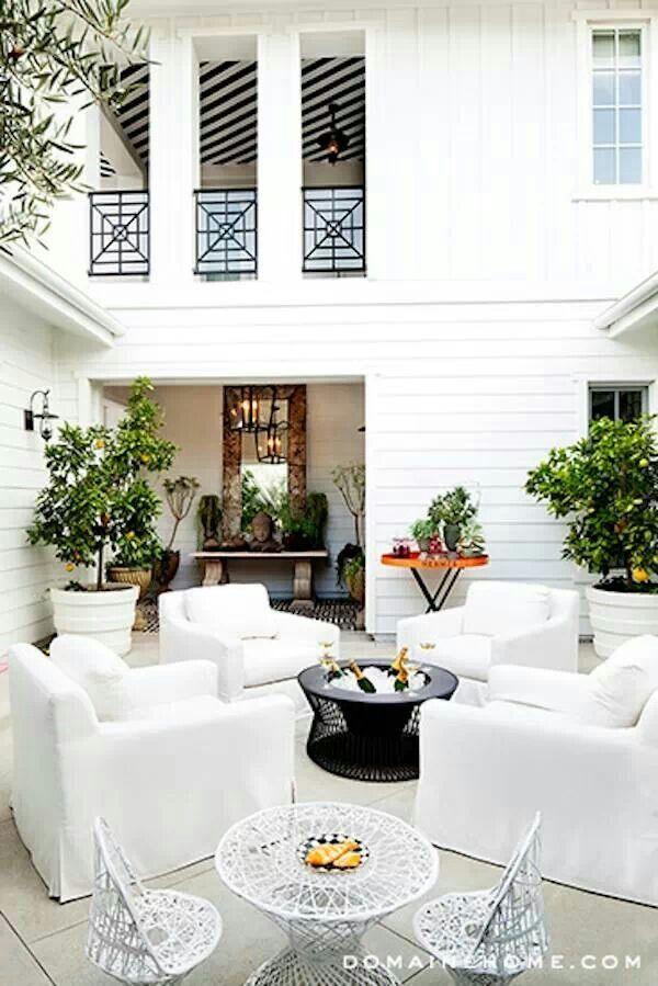 Kourtney kardashian home decor | Kourtney Kardashian ...