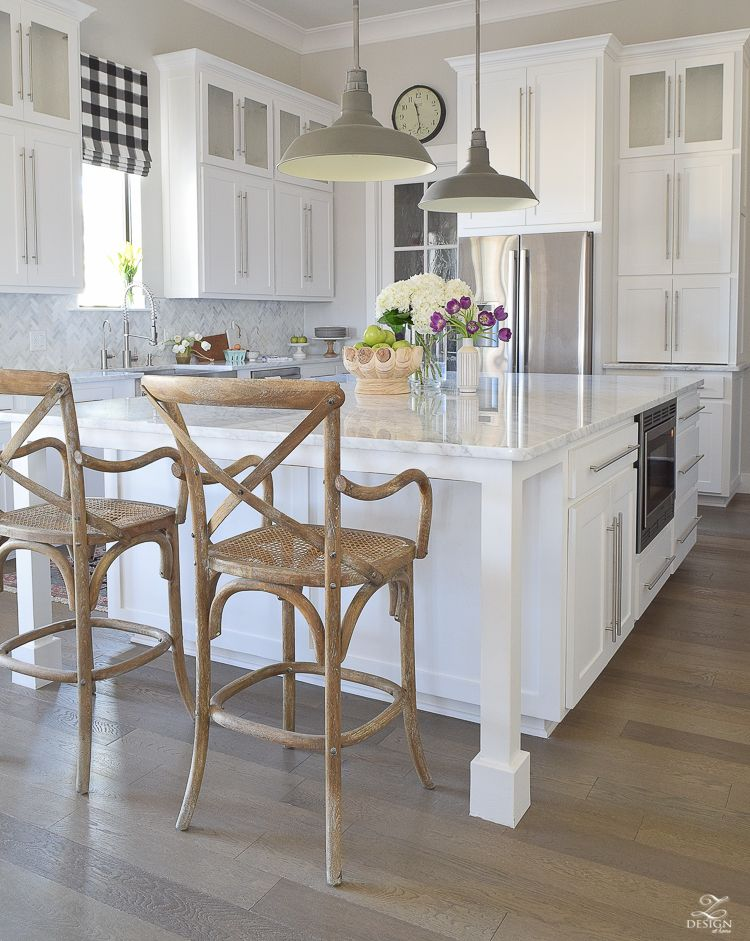 Favorite Paint Colors White farmhouse kitchens, White