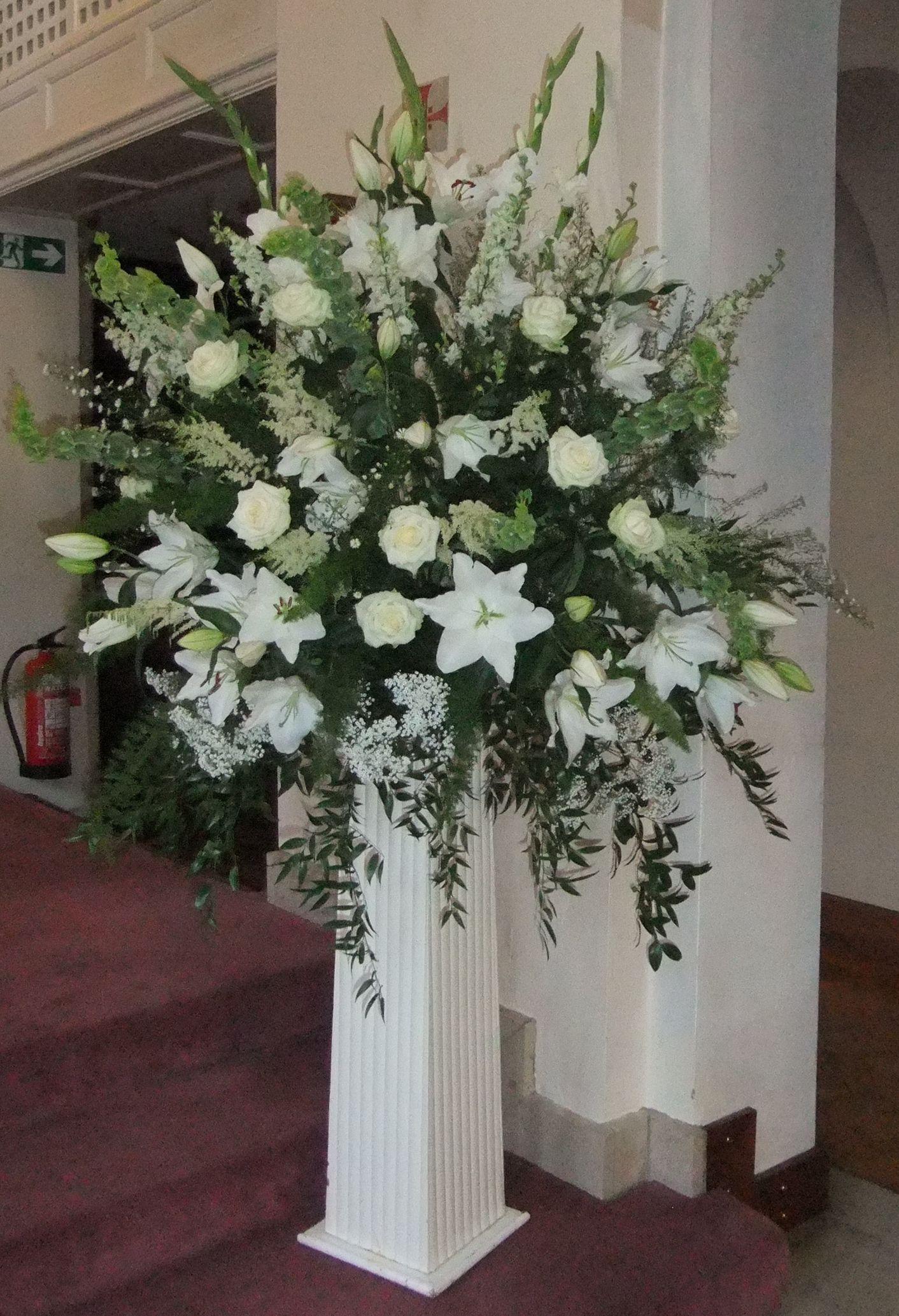 The Herb Of Grace Wedding Flowers Farnham Large Pedestal