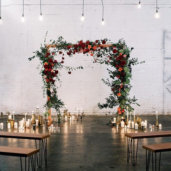 Rustic and charming wedding ceremony decor ideas #wedding #weddingdecor #ceremony #rustic