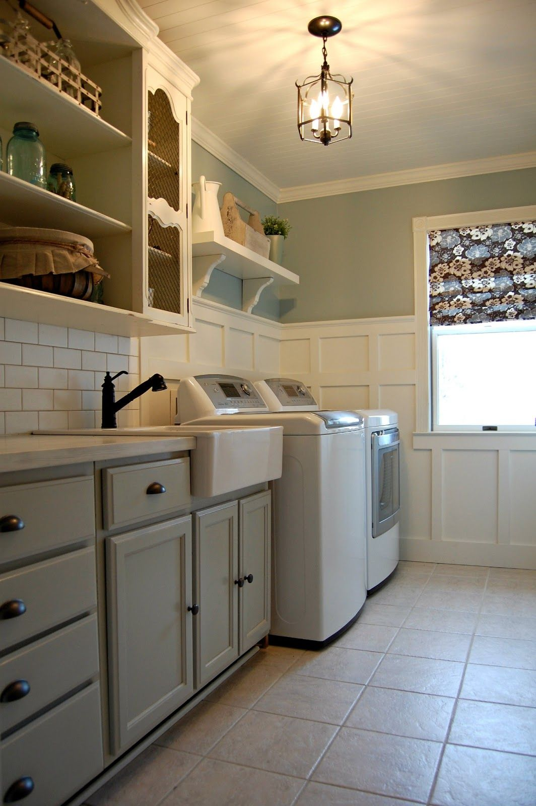 pictures of laundry rooms Roly Poly Farm Laundry Room