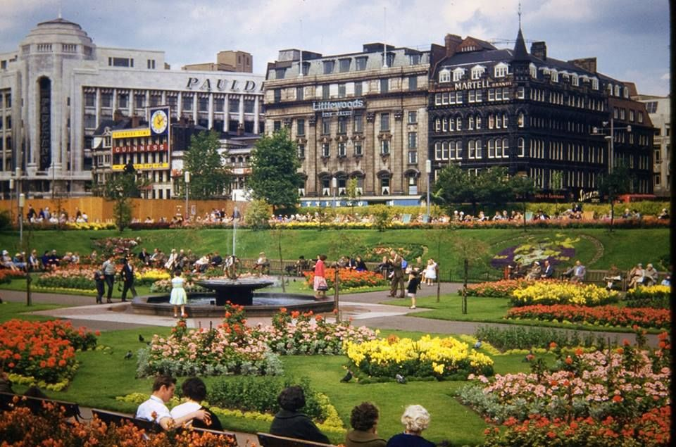 Piccadilly Gardens, Manchester, 1960s memories