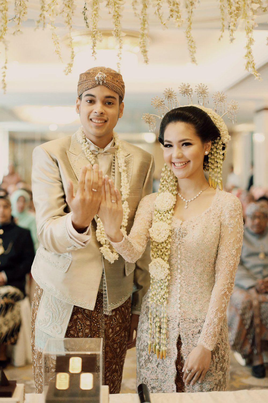 Pernikahan Tema Pastel Peranakan, Kara dan Andika sangat