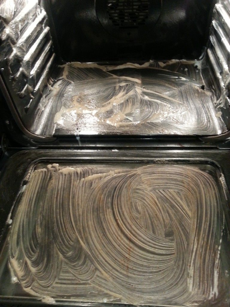 clean you oven with 34 drops of Dawn, 4 T. of Baking Soda