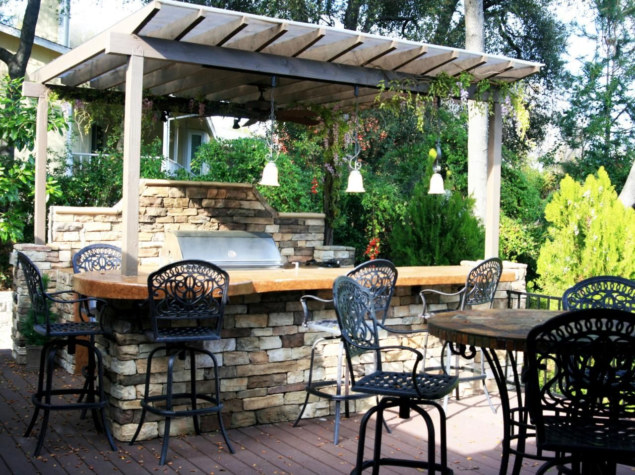 Outdoor Kitchen Ideas on a Budget Pictures, Tips & Ideas
