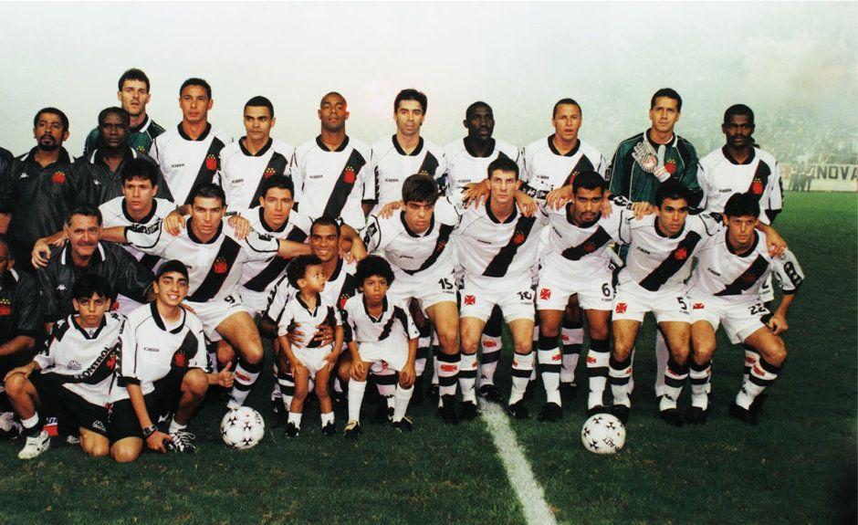 VASCO CAMPEÃO DA LIBERTADORES DE 1998 Em pé Carlos
