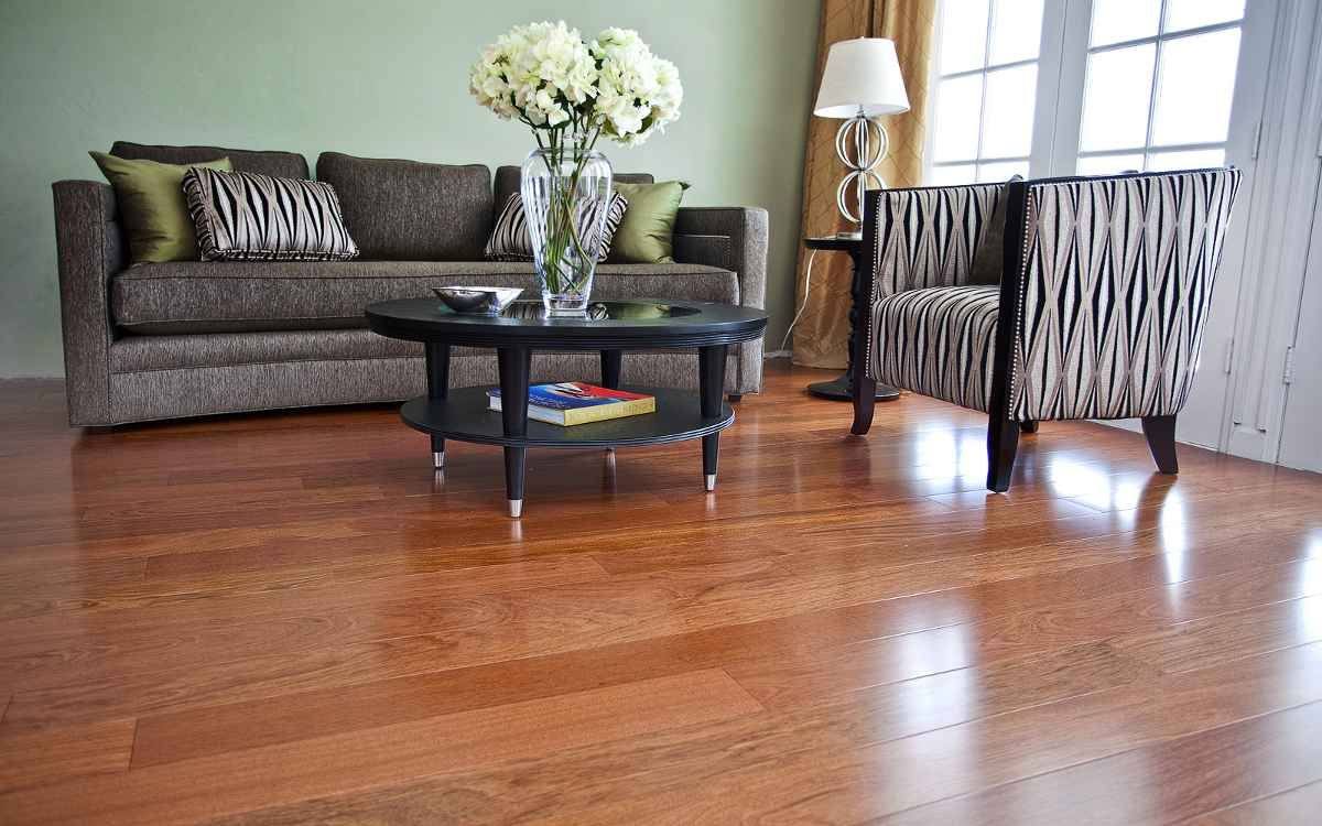 Living Room Decorating Ideas With Wood Floors Laminated