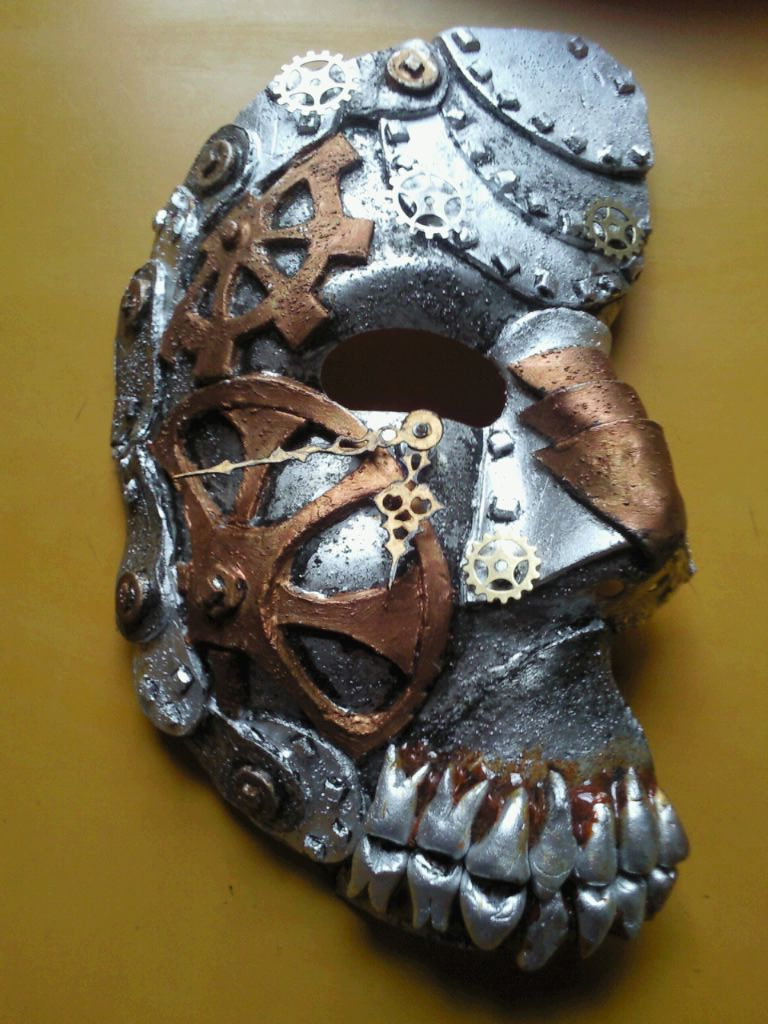 Steampunk Mask... those metal teeth creep me out a bit but