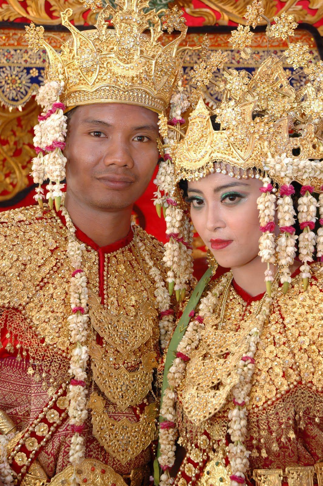 palembang peopleIndonesia Traditional Costumes