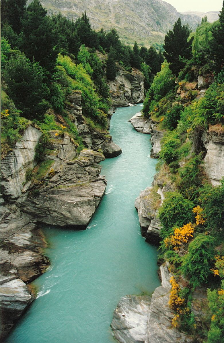 Kawarau River, New Zealand. Amazing World Pinterest