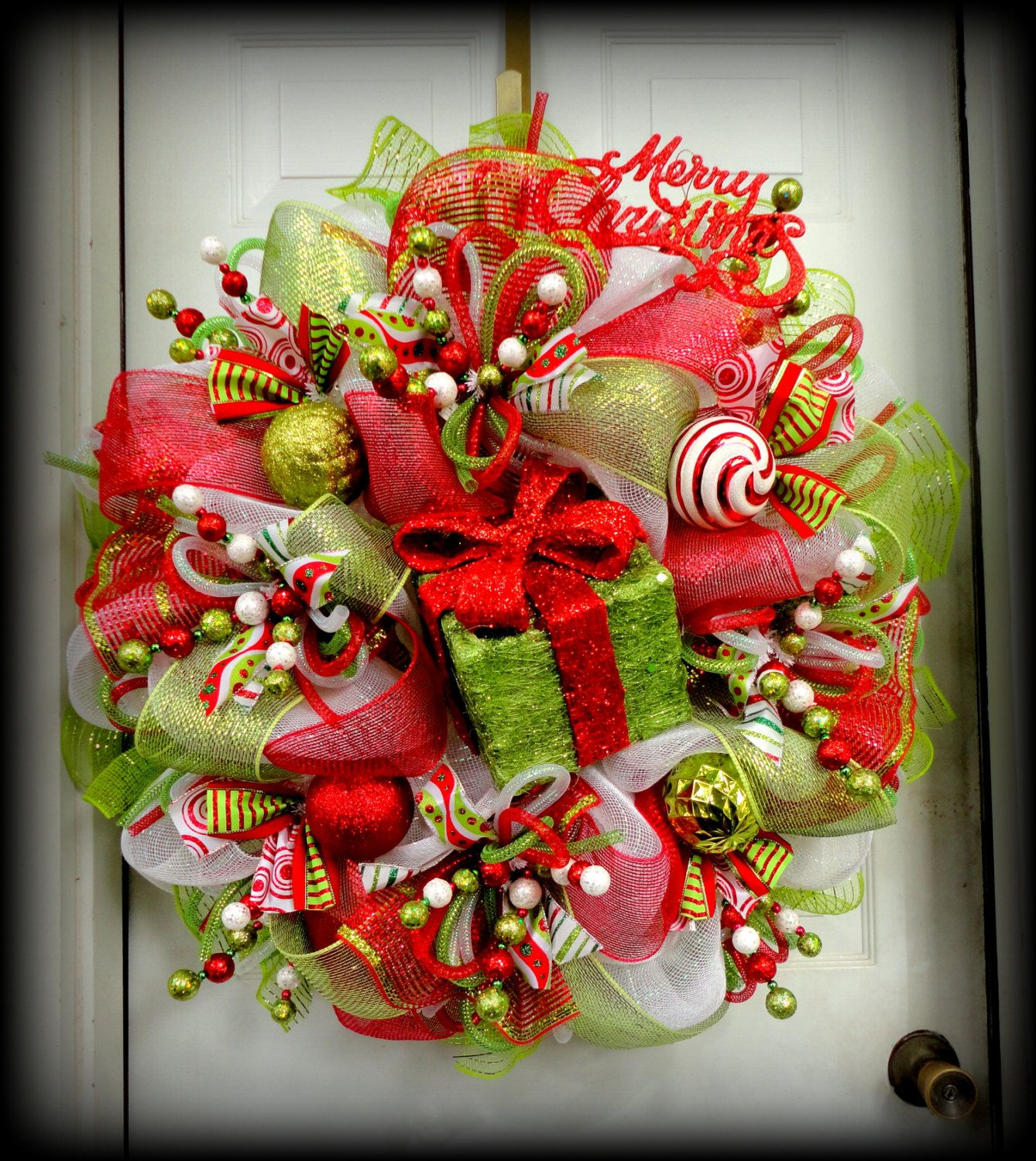 Simple Design Homey Christmas Wreath Craft Ideas