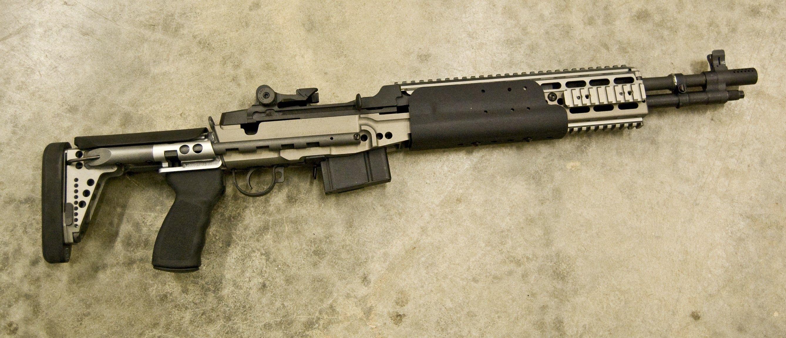 M14 EBR GUNS & GEAR Pinterest Battle rifle, Guns and