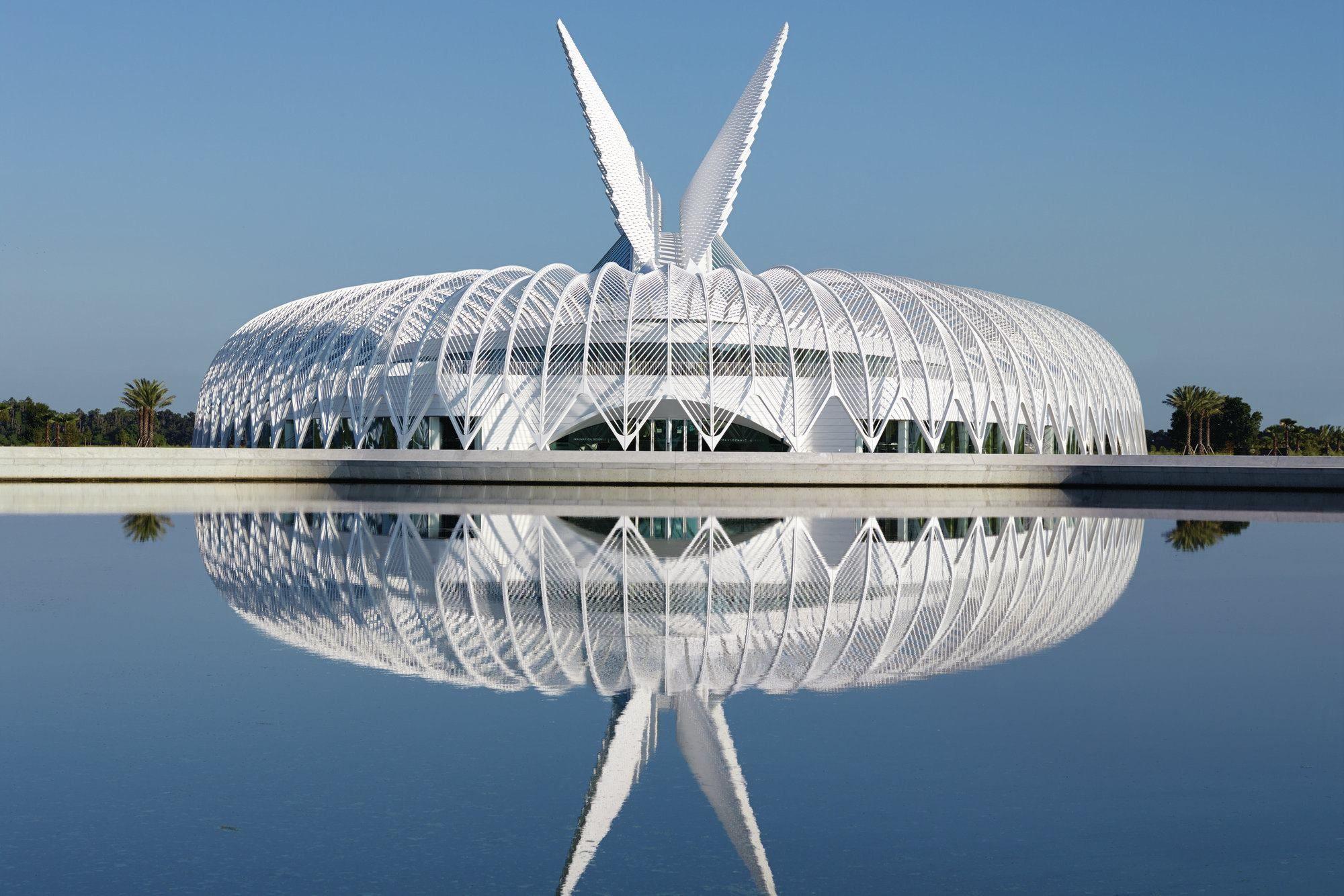 Santiago Calatrava's Innovation, Science and Technology