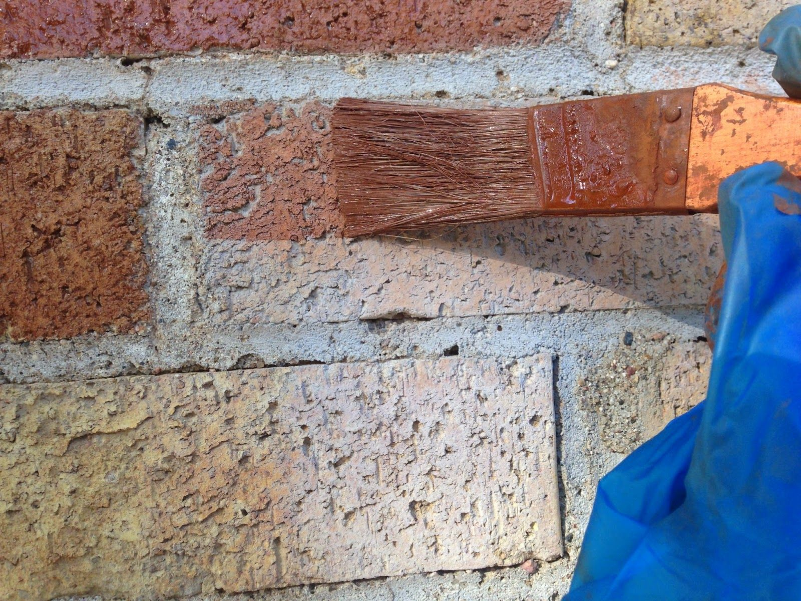 I Used Brick Stain To Update Our Old Yellow Brick