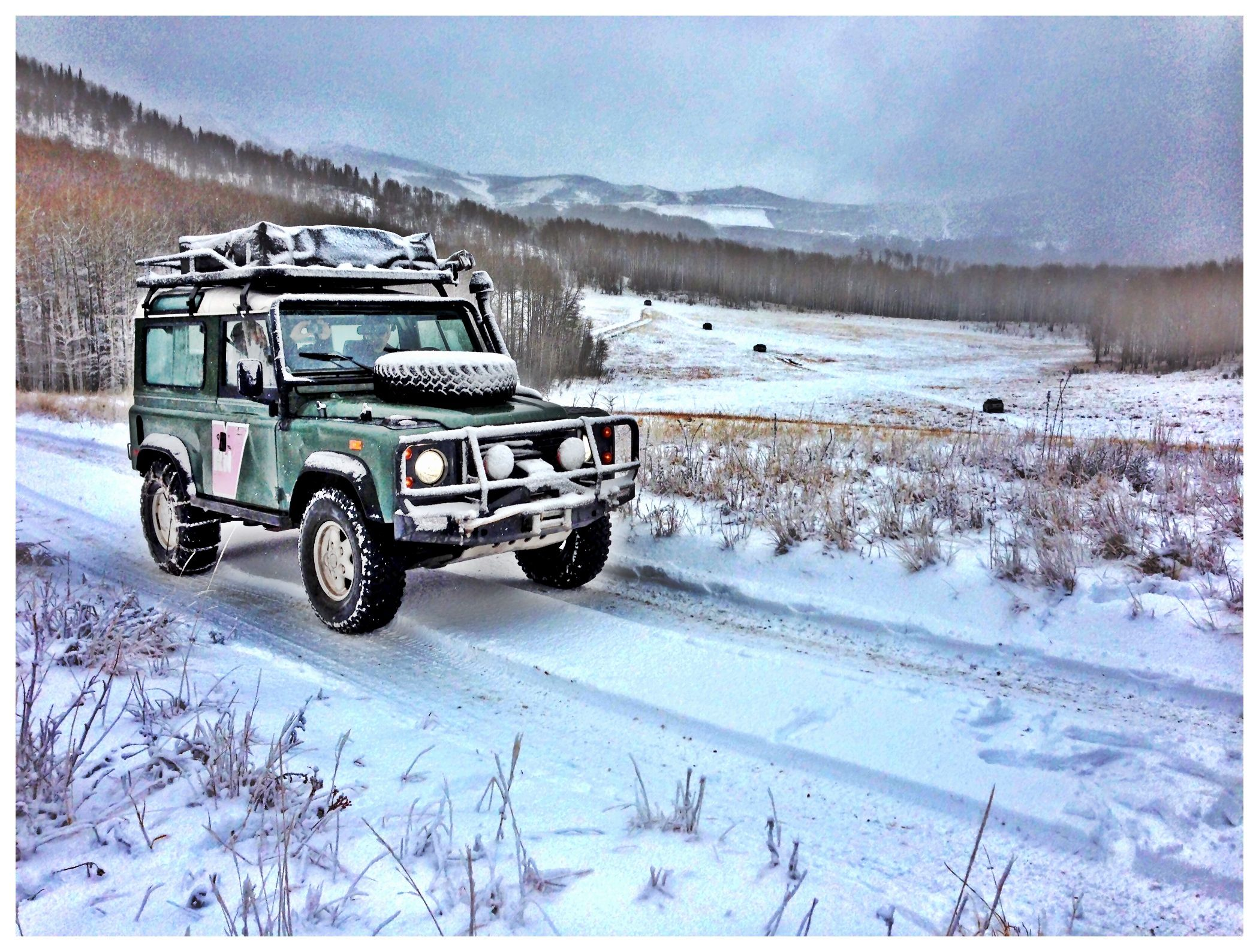A 1995 Defender used as trail support in Utah