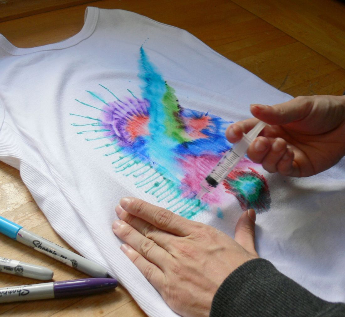 Create tie dye fabric with permanent markers miami diy