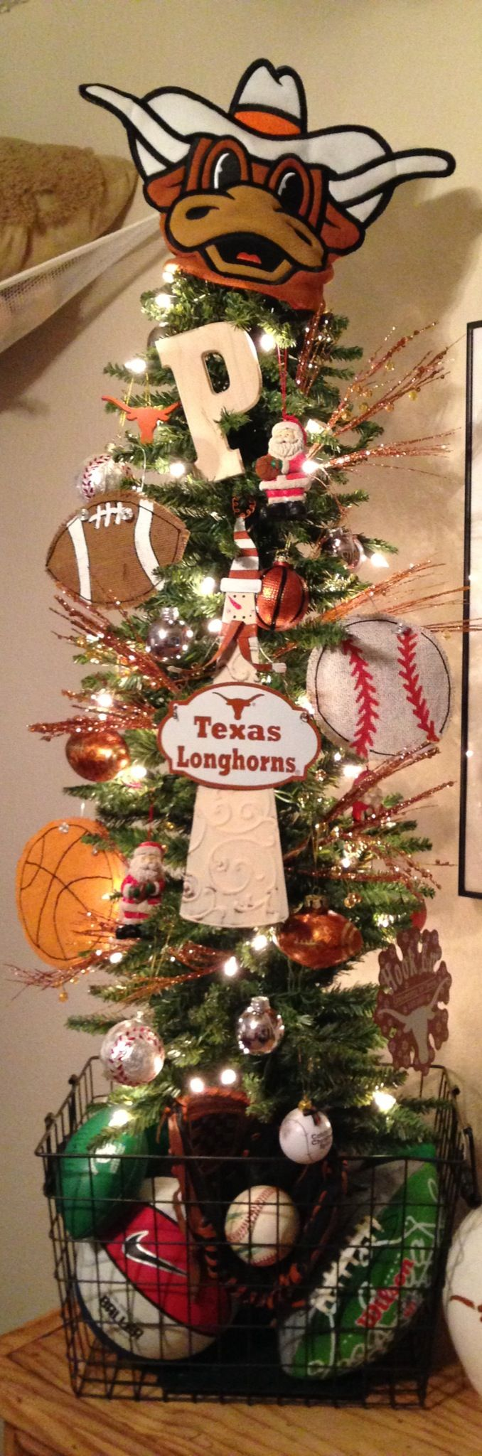 Texas Longhorns Sports Themed Christmas Tree Me