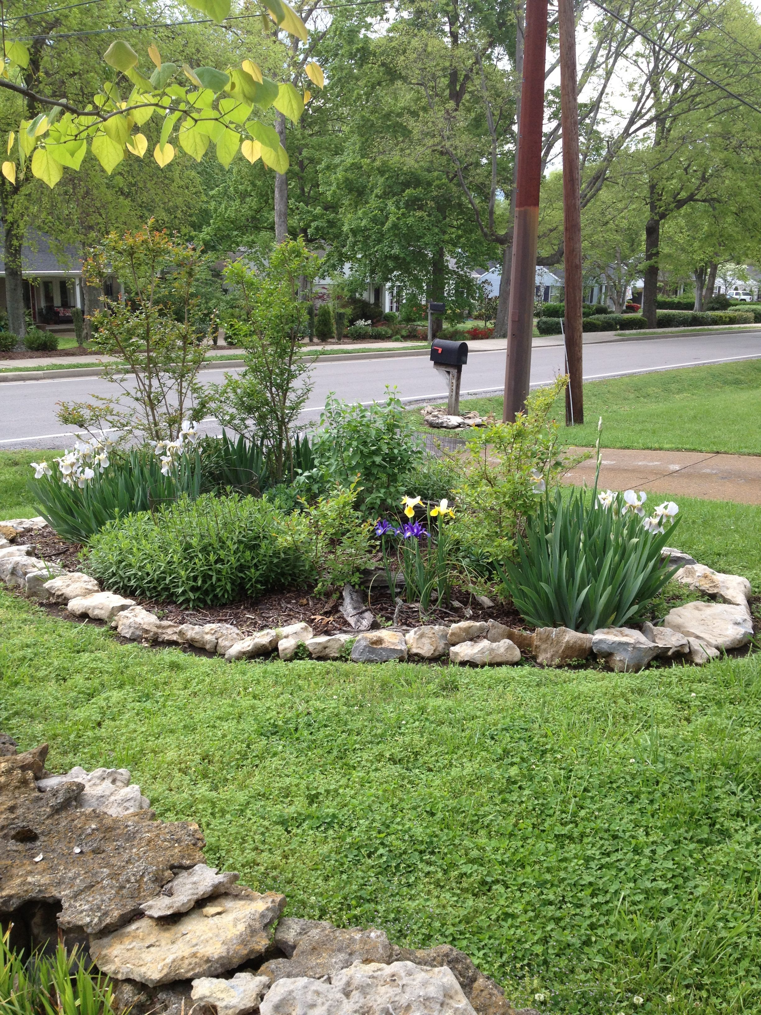 Island flower garden with rock border diy Rock Gardens