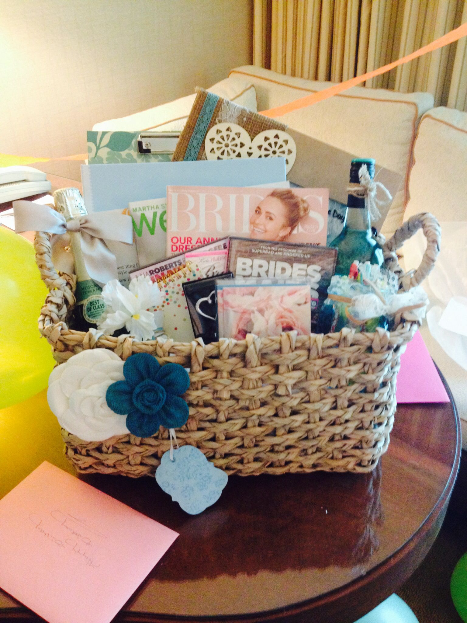Engagement Gift Basket ) Wedding stuff!! Pinterest