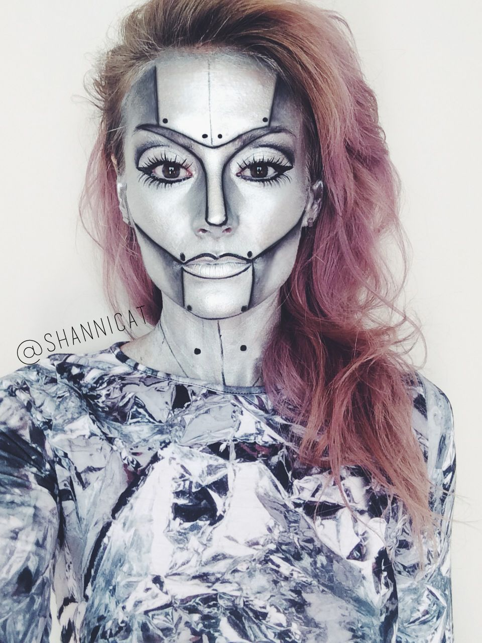 35 Disgusting and Scary Halloween Makeup Ideas on