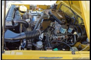 Engine Bay 1976 FJ40 2F Land Cruiser | Toyota Land Cruiser