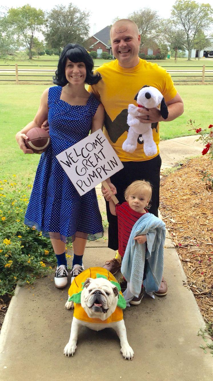 Family Peanuts Halloween Costume Halloween Pinterest