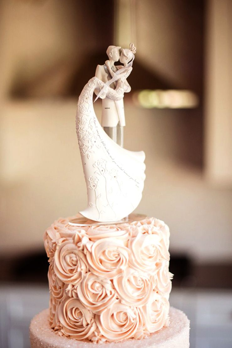 Bride and Groom wedding cake topper | sodazzling.com