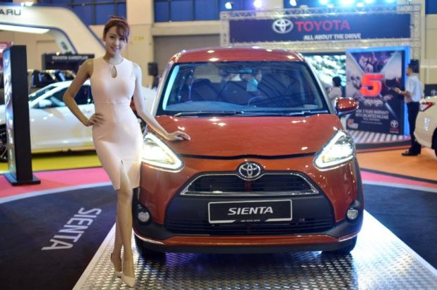 Toyota Sienta Versi Dress-up Tampil di Pameran IIMS 2017