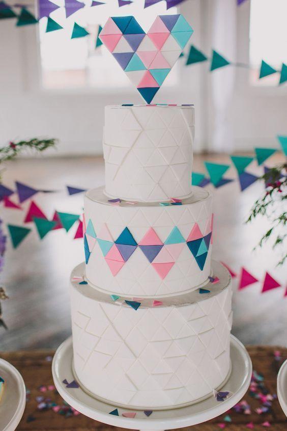 ウェディングケーキデザイン ハートシェイプ マカロン에 대한 이미지 검색결과