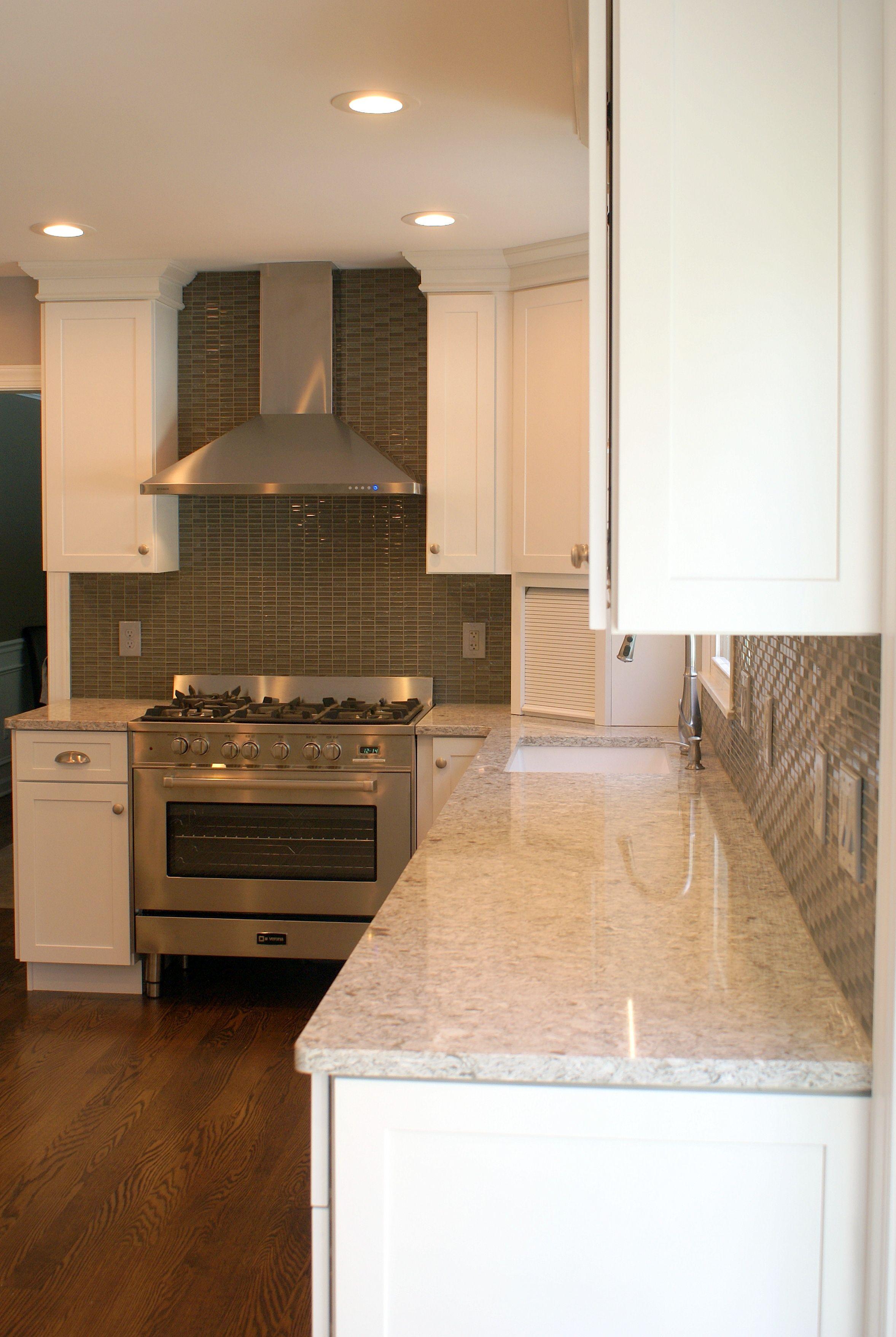 White Diamond kitchen with new quay quartz countertops (4
