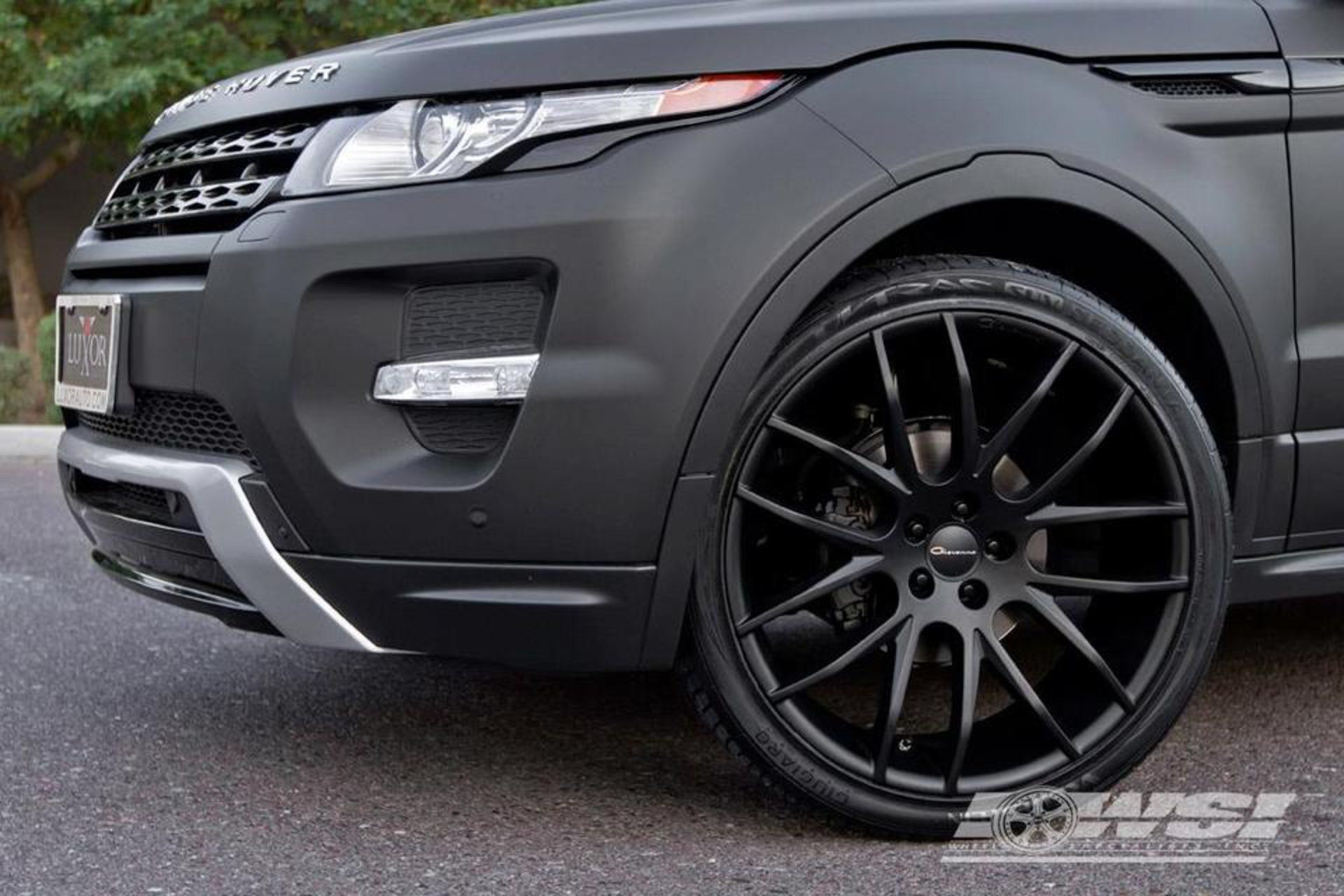 "Giovanna Kilis Matte Black 22"" on Range Rover Evoque Land Rover"