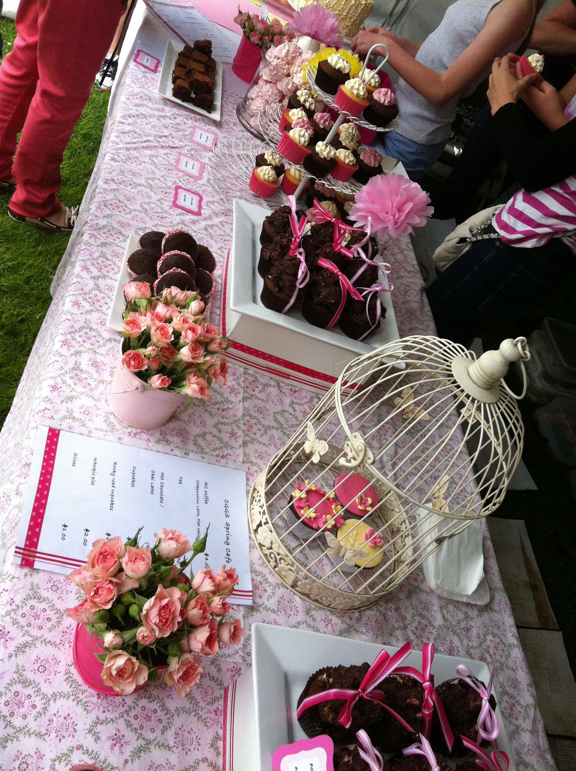 Cupcake Inspiration Cake Stall / Desert Table Cupcake