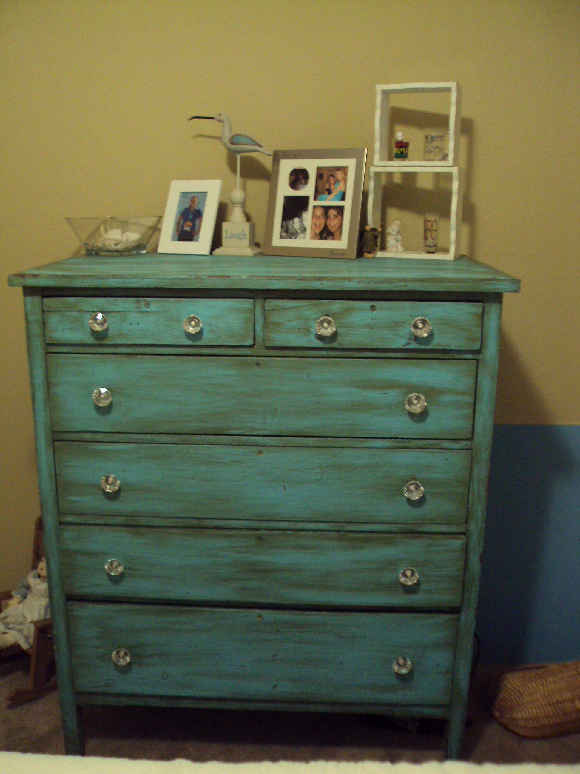 turquoise dresser envoyercommodeturquoise commodefinition de meublesmeubles peintsidees de meublesreorientescommodessarcelle