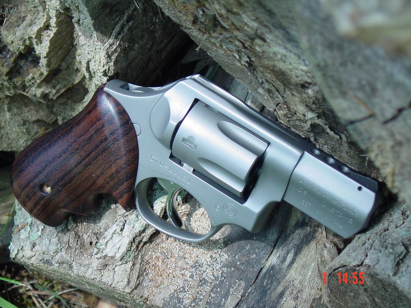 Ruger Sp101 with Badger Grips Brand X EDC & Bushcraft