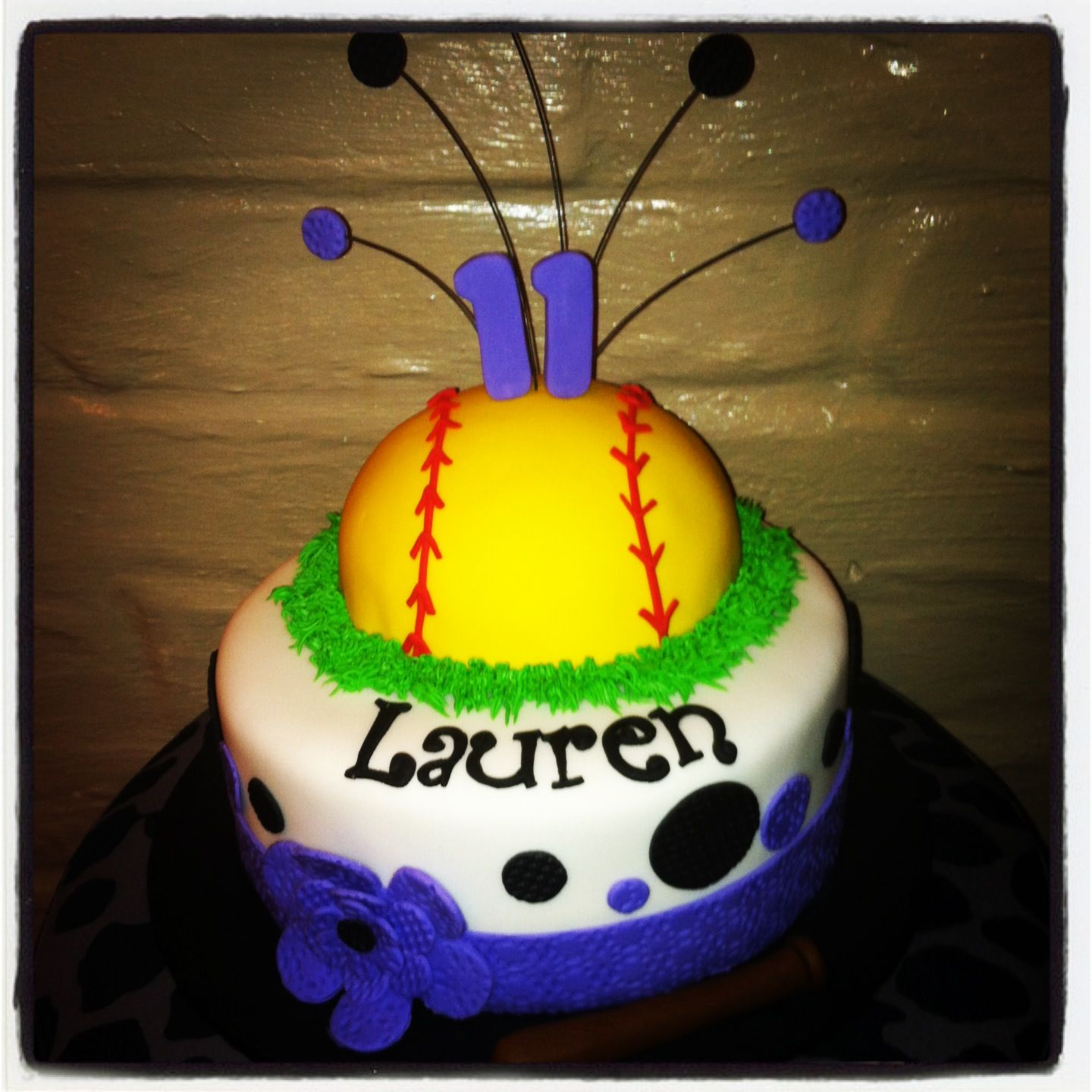 Softball Cake I Want This For My Birthday Just Sayin