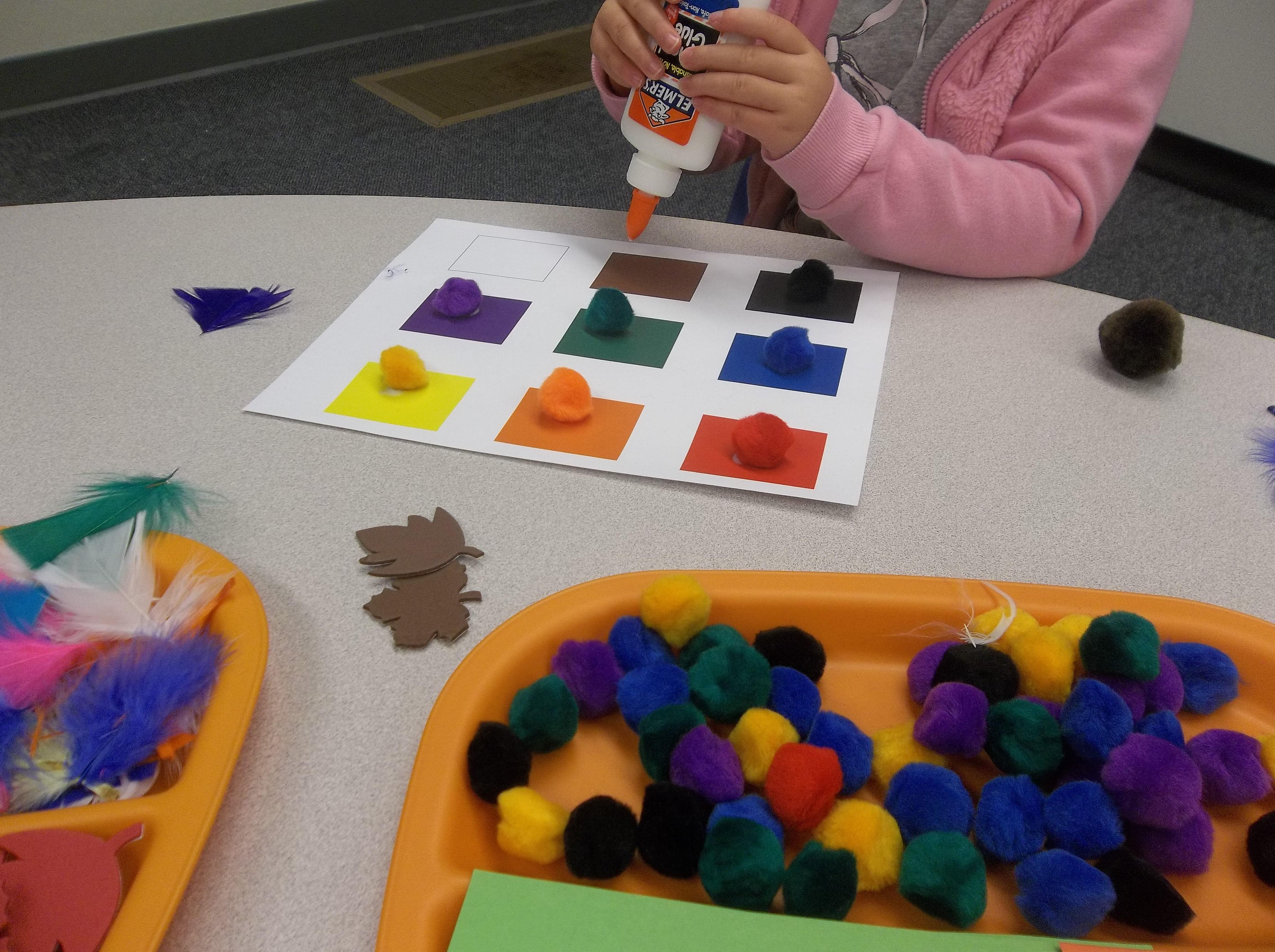 Best 25 Preschool Color Crafts Ideas