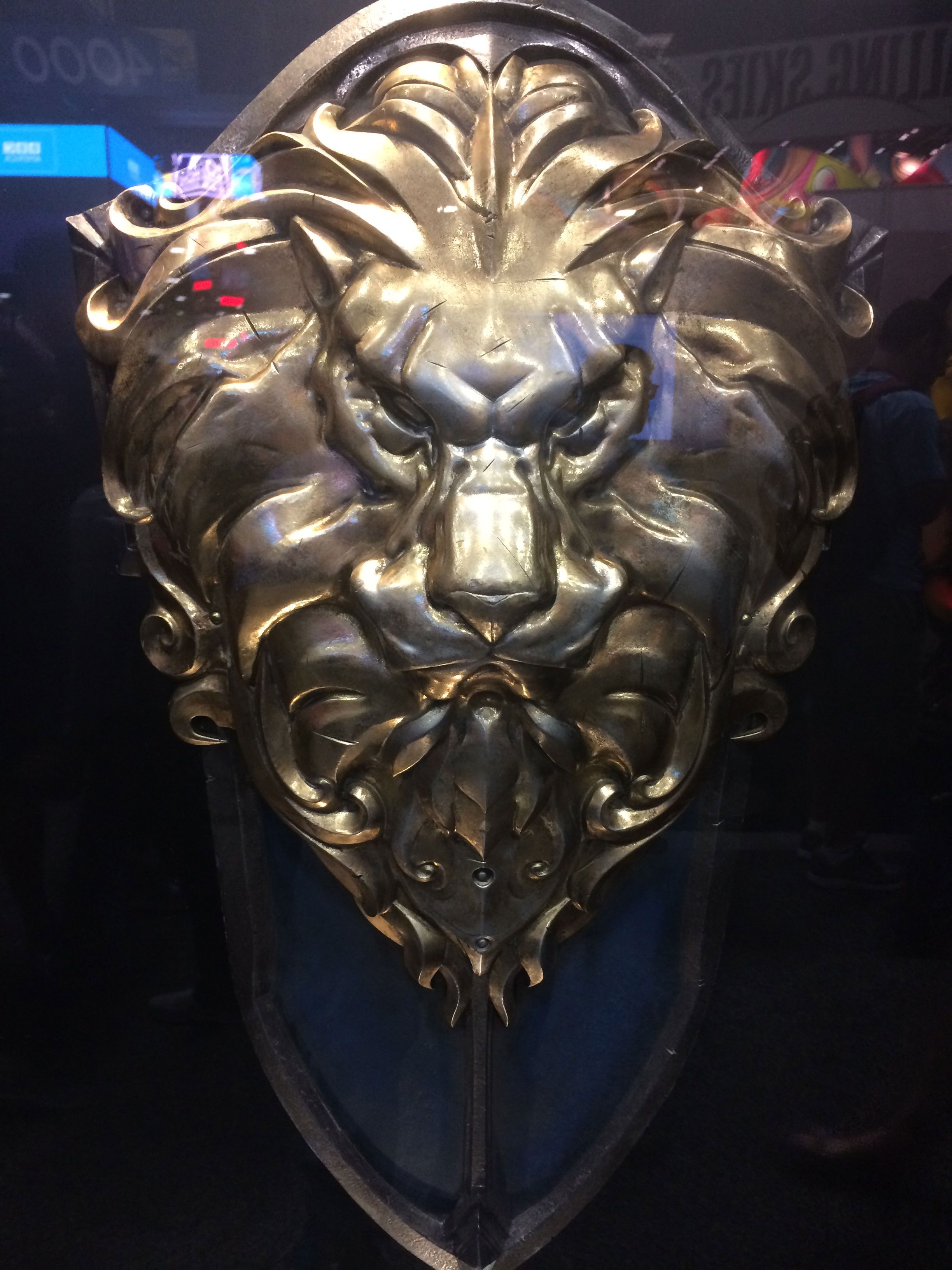 warcraft lion shield Google keresés Lion logo