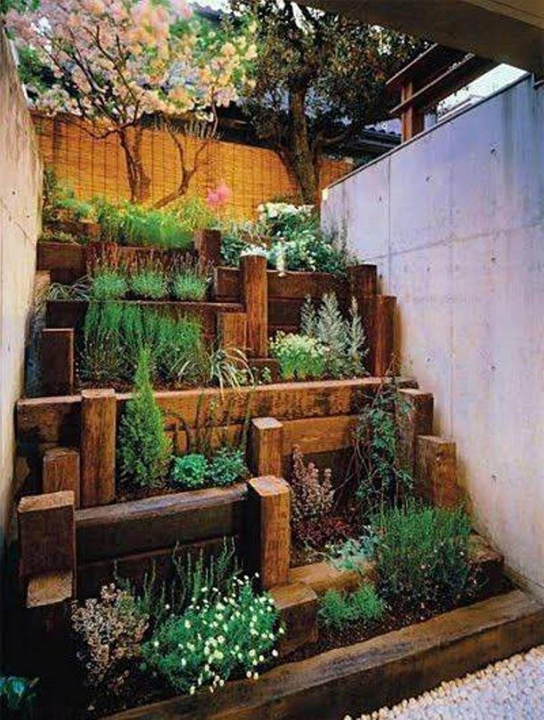 Great idea for a small succulent garden Design. More depth